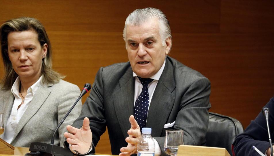L'extresorer del PP Luis Bárcenas compareix a la comissió d'investigació a les Corts Valencianes.