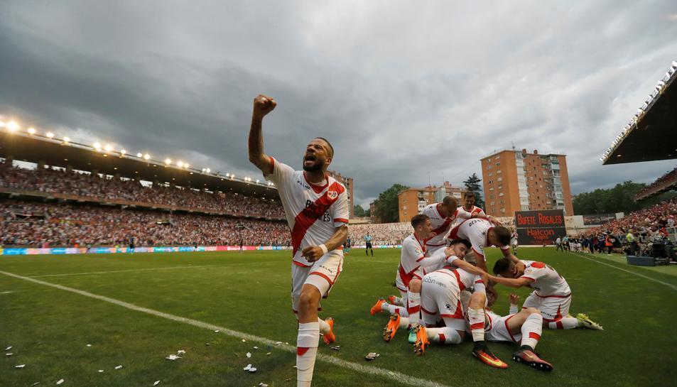 Imatge dels jugadors del Rayo celebrant un gol al seu estadi la passada jornada.