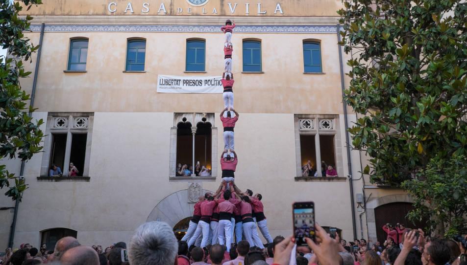 Pilar de 7f de la Colla Vella dels Xiquets de Valls a la diada de la festa major de La Selva del Camp