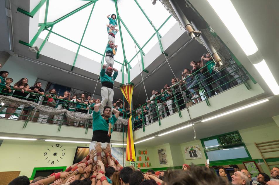 Pilar de 6 dels Castellers de Sant Pere i Sant Pau a la Diada del Local