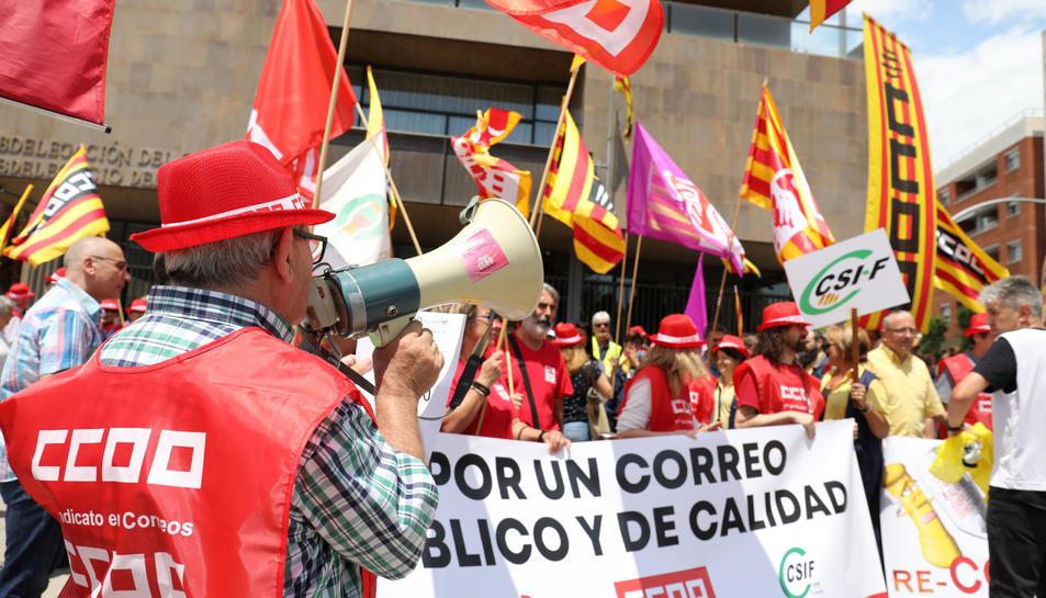 Imatge de la concentració a la plaça Imperial Tarraco.