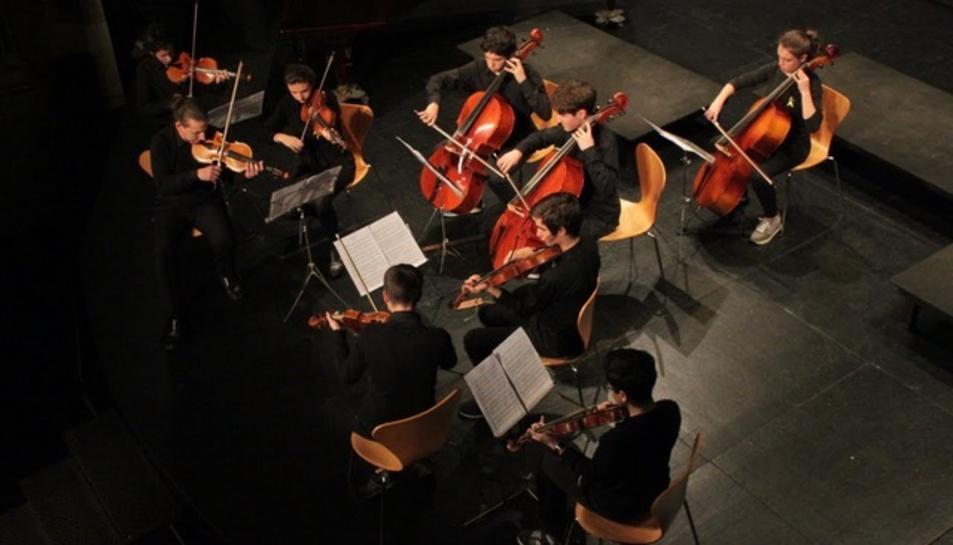 Orquestra de l'Escola de Música del Centre de Lectura.