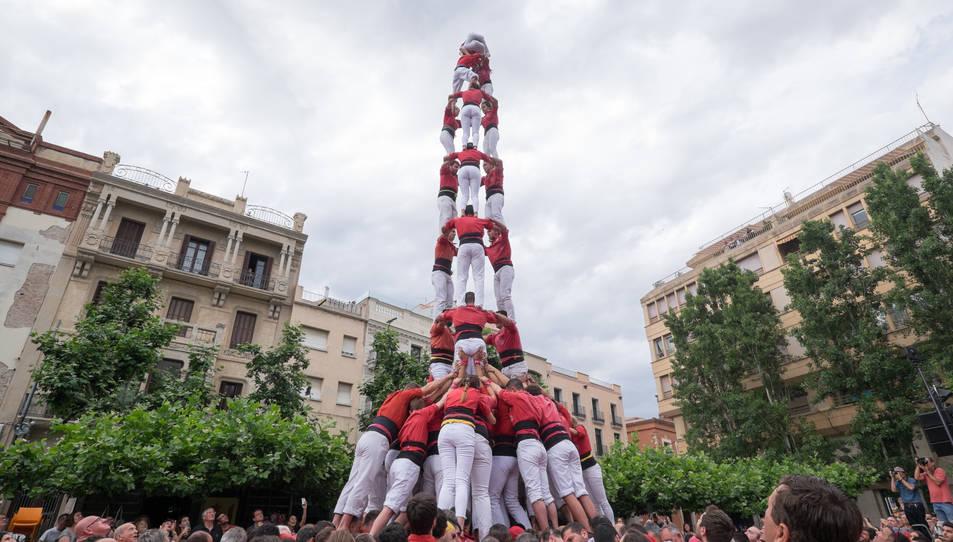 3de9f de la Colla Joves Xiquets de Valls a la diada del Pati