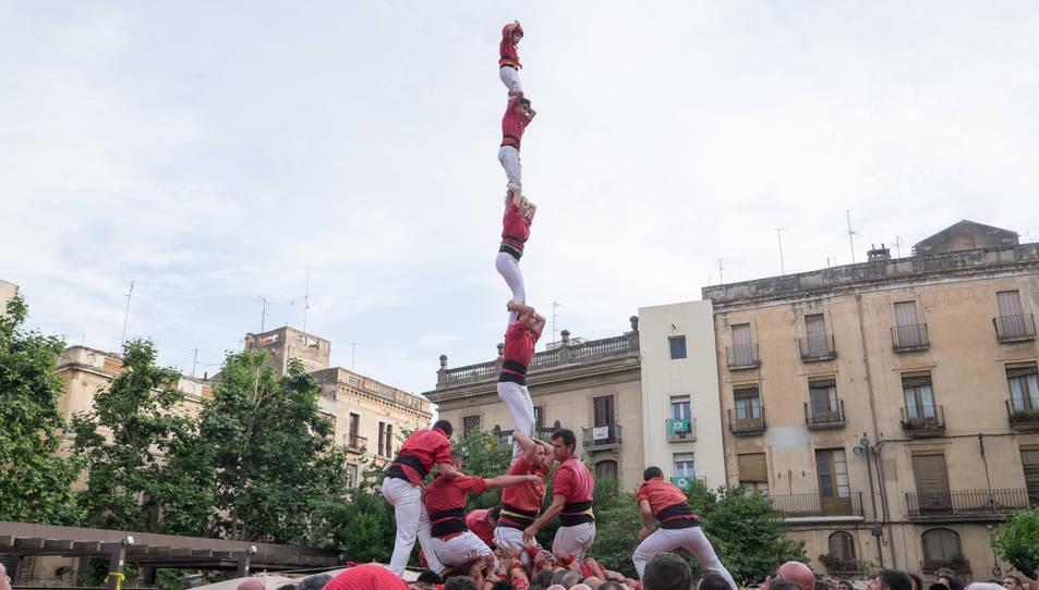 3de8a de la Colla Joves Xiquets de Valls a la diada del Pati