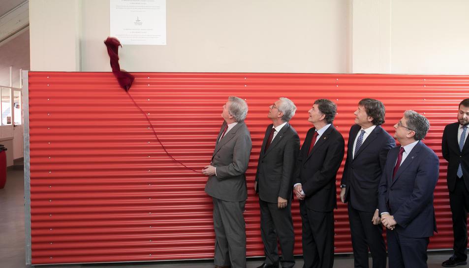El ministre Méndez de Vigo, inaugurant les obres del Nou Estadi aquest mes de gener.