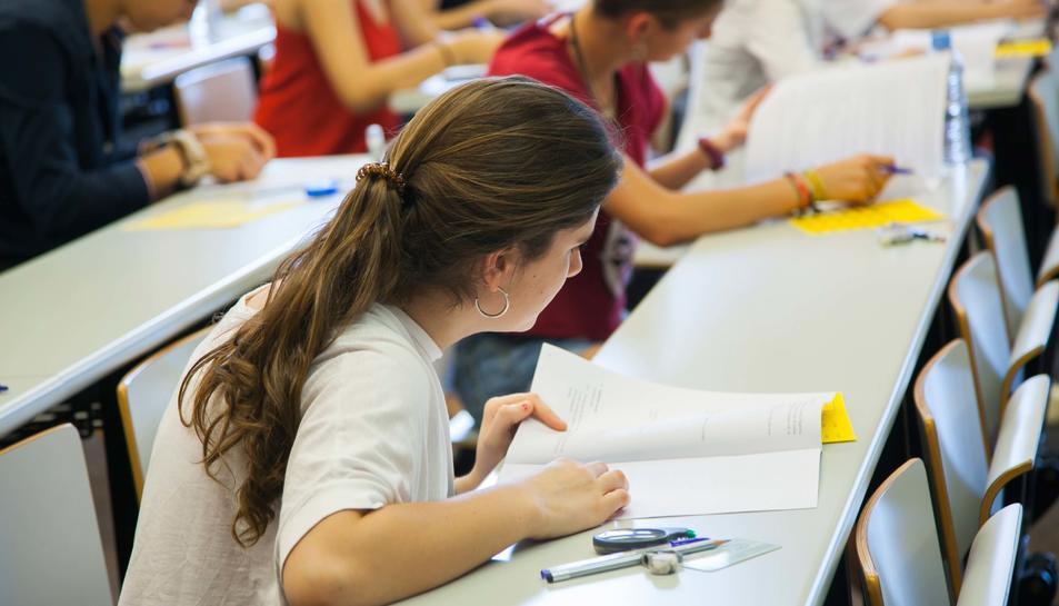 Els alumnes s'examinen de les Proves d'Accés a la Universitat (PAU).