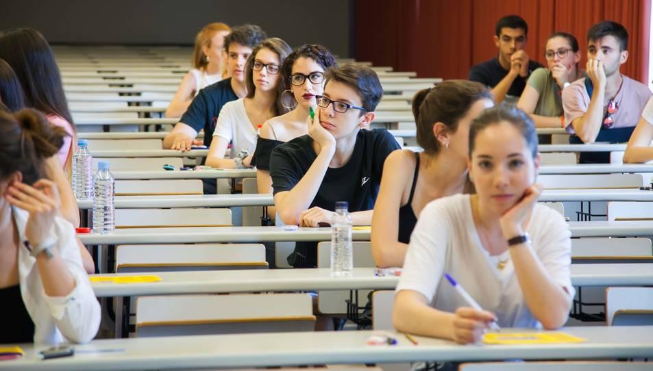 Els alumnes opten a entrar a la univeristat.