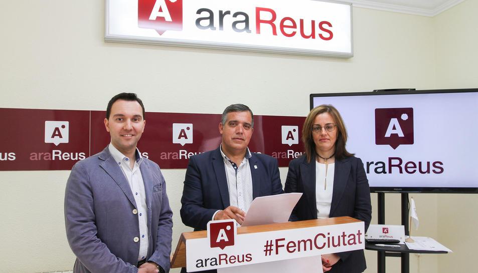 Daniel Rubio, Jordi Cervera i la lletrada Dolors Vázquez han comparegut avui a la seu d'Ara Reus.
