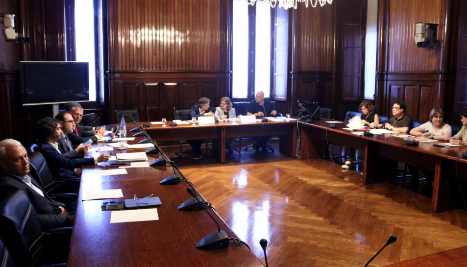 Imatge de la comissió d'investigació parlamentària sobre els atemptats de Cambrils i Barcelona.