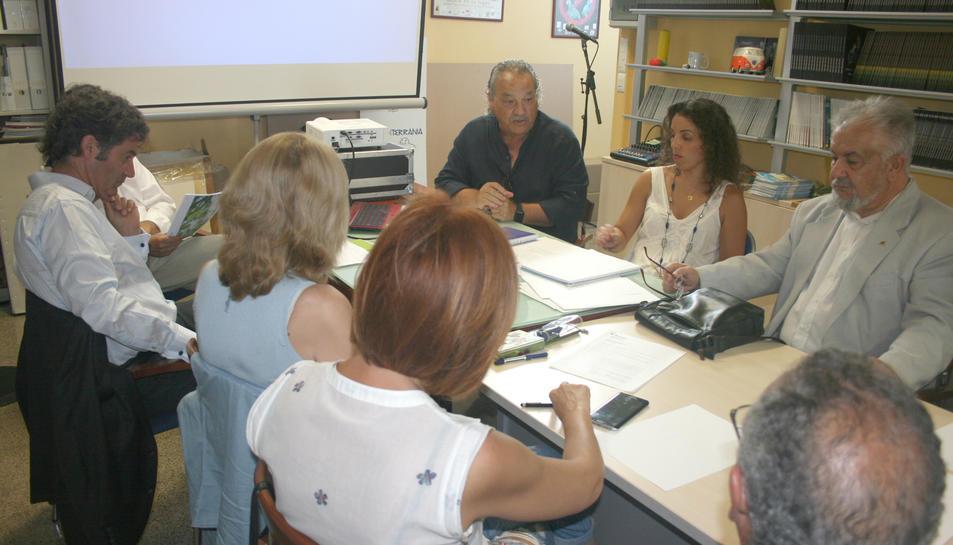 La junta de la CEt va decidir renunciar al local cedit per l'Ajuntament.