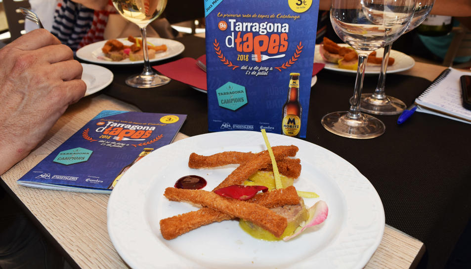 La tapa 'Comença la festa!', del restaurant El Complet.