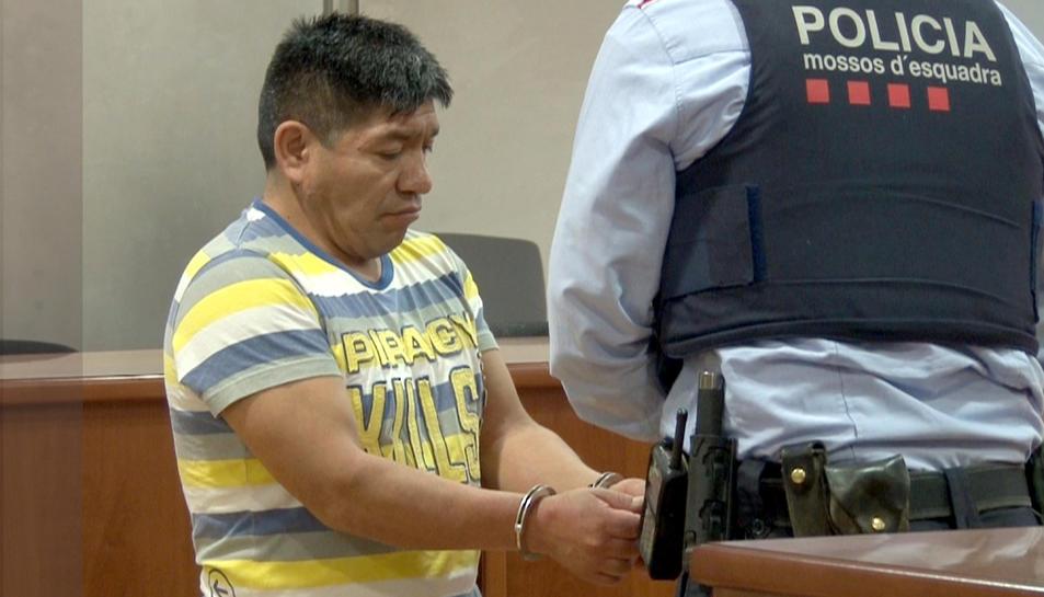 L'acusat després de la vista a l'Audiència de Lleida.