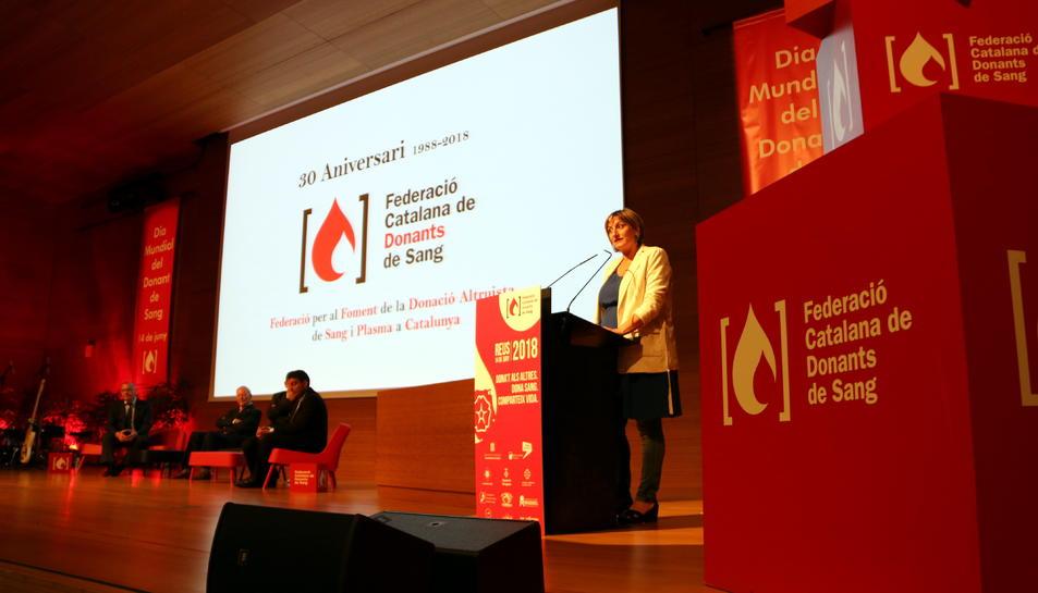 La consellera de Salut, Alba Vergés, en l'acte d'homenatge dels donants de sang a Reus.