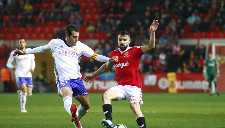 Javi Jiménez, durant un partit amb el Gimnàstic de Tarragona aquesta temporada al Nou Estadi.