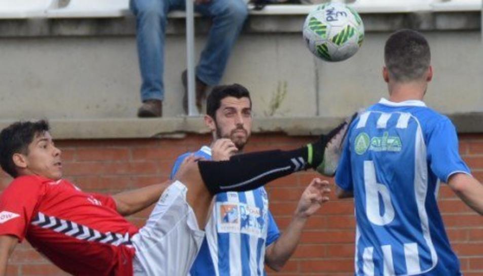 Rodrigo Cuenca va vestir la samarreta de la Pobla la temporada 2016-2017.
