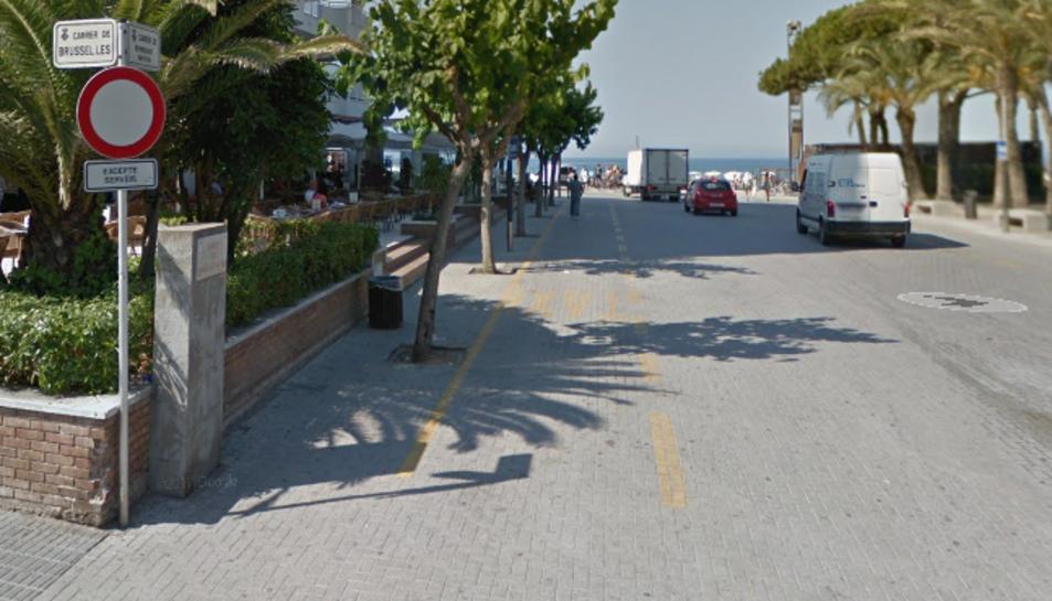 Imatge de la parada de taxi, on va tenir lloc la pallissa.