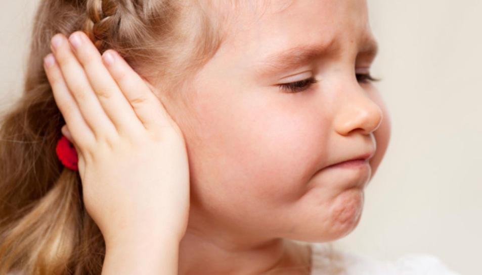 El risc de patir otitis és més gran a l'estiu.