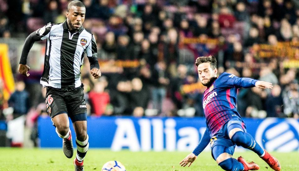 Shaq Moore arriba cedit al Reus Deportiu per una temporada.