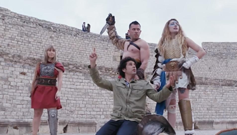 El mag Miguelillo ha participat en una lluita de gladiadors a l'Amfiteatre de Tarragona.