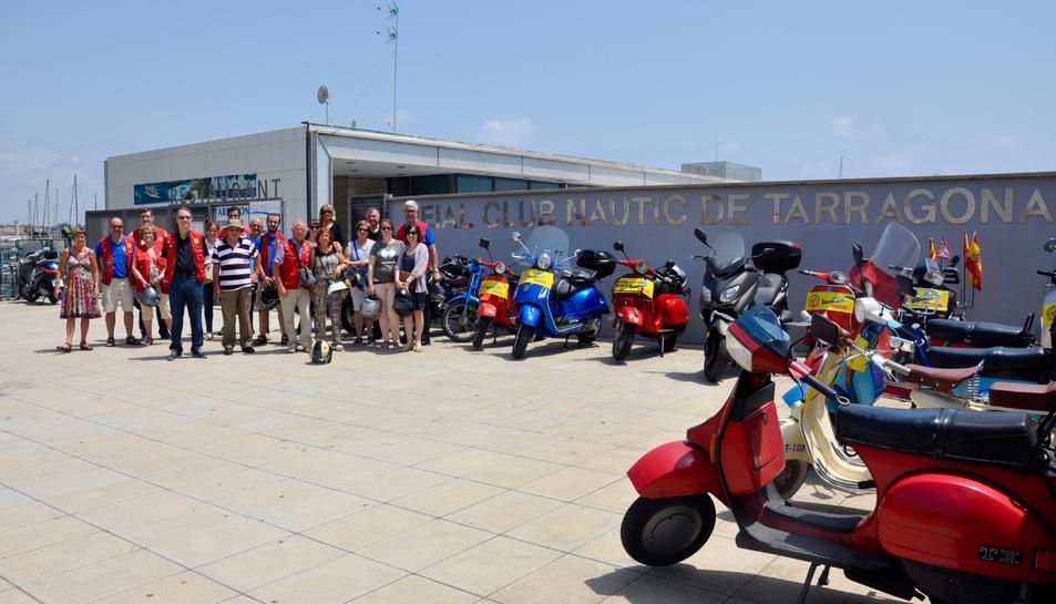 Els assistents van gaudir d'un àpat al Club Nàutic de Tarragona, on el club va celebrar la seva inauguració fa 60 anys.