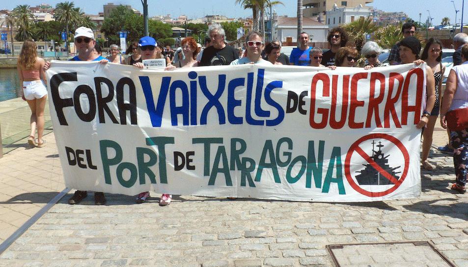 La derrera acció de 'Paraules per la Pau' es va fer a la zona del Port de Tarragona.