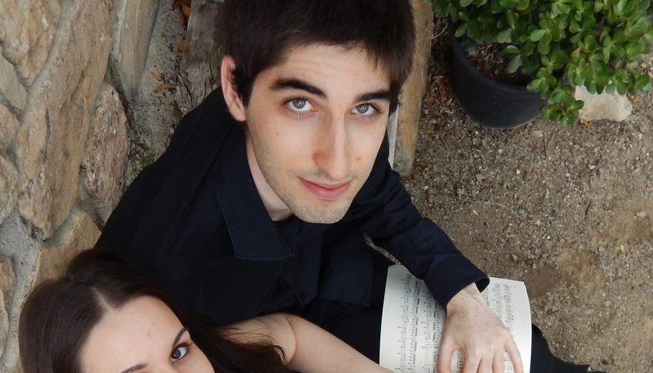Els pianistes Júlia Fortuny i Bernat Sánchez.