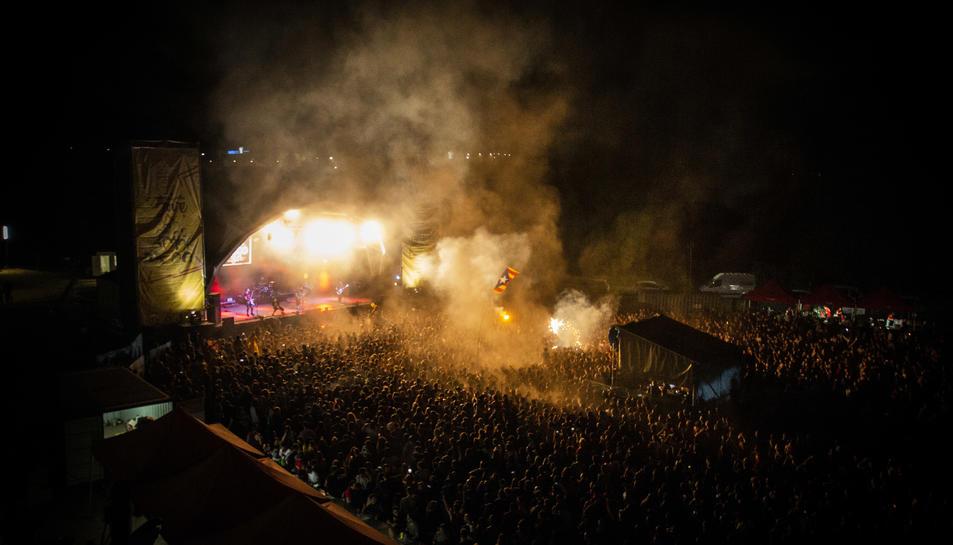 El concert dels italians Talco va omplir l'espai principal