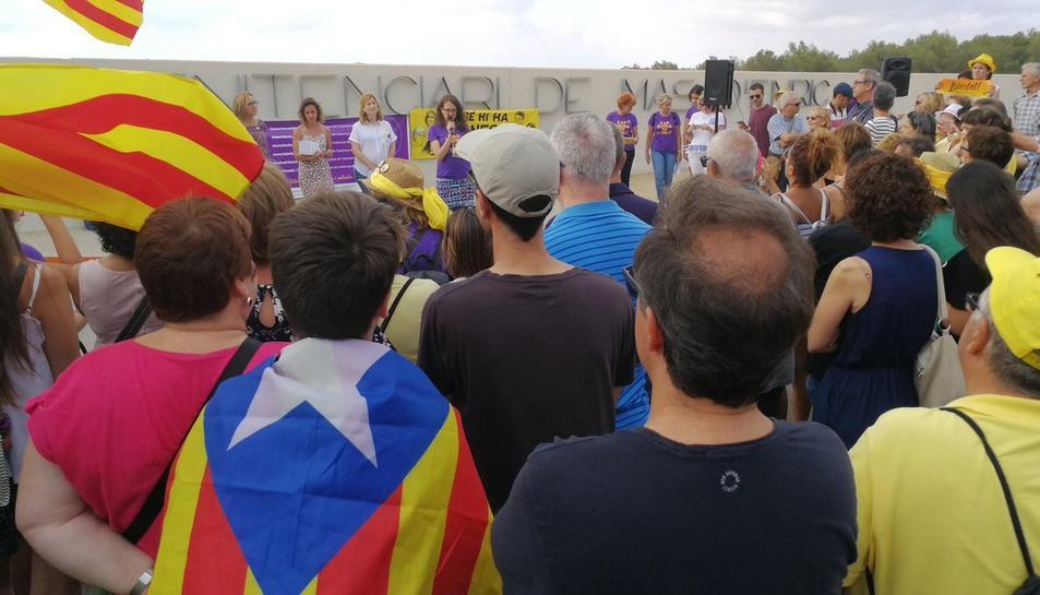 Diverses entitats han convocat una nova concentració a la presó de Mas Enric del Catllar.