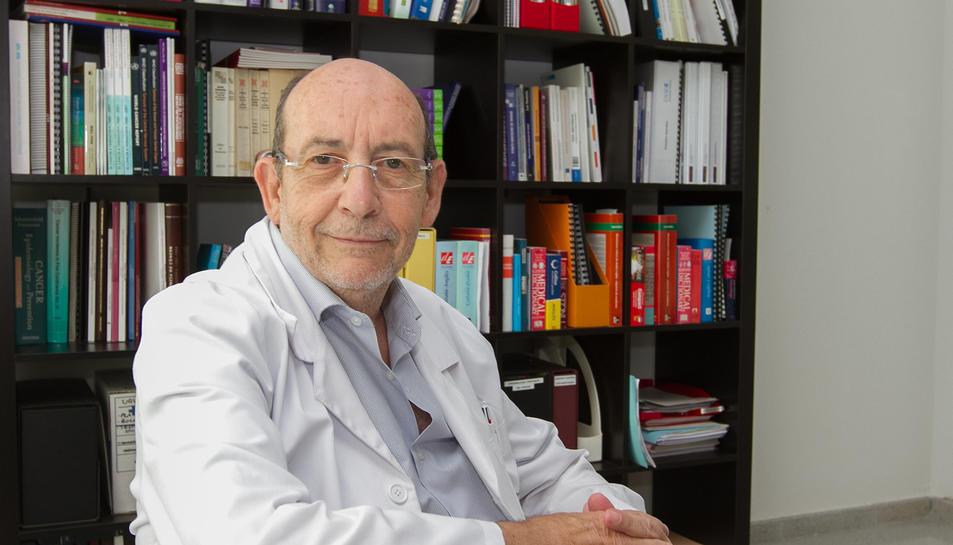 El doctor Joan Borràs, director adjunt d'Oncologia de l'Hospital Sant Joan de Reus.