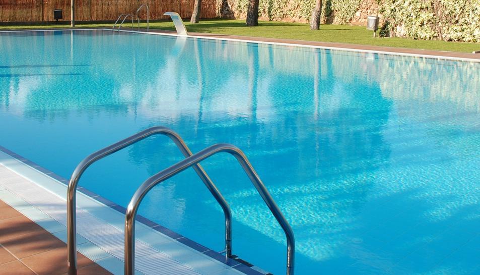 La Diputació de Tarragona també assisteix tècnicament als municipis en el control higienicosanitari de les piscines.