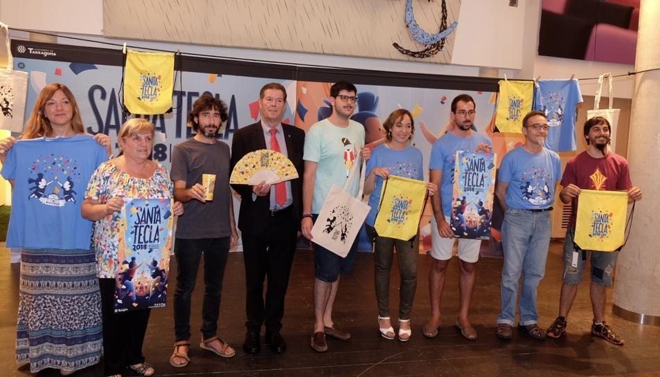 Foto de grup en la presentació de la imatge gràfica de Santa Tecla 2018.