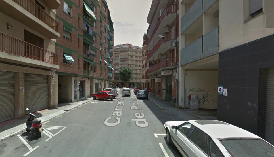 El cos de la dona sense vida es va trobar en un pis del carrer Monestir de la Pobla.