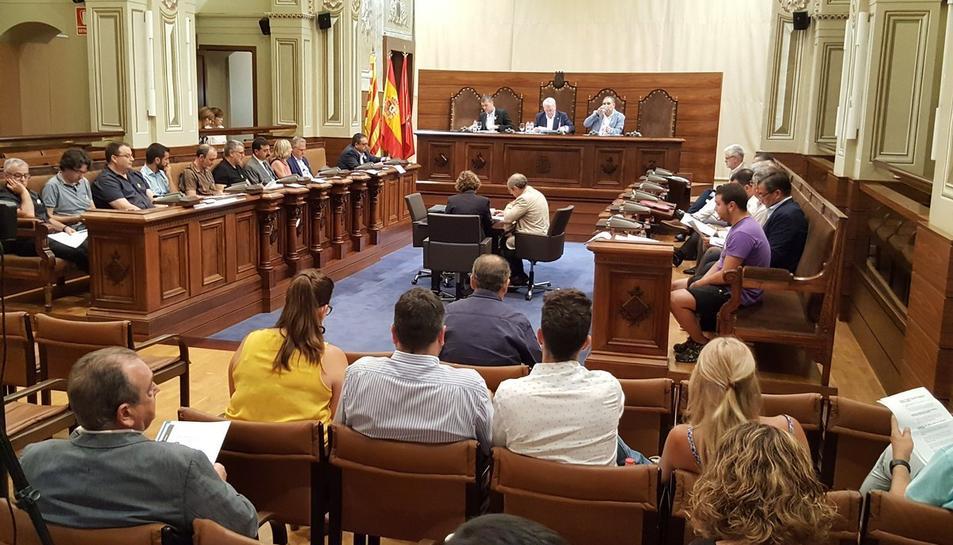 Imatge del ple de la Diputació de Tarragona celebrat aquest divendres.