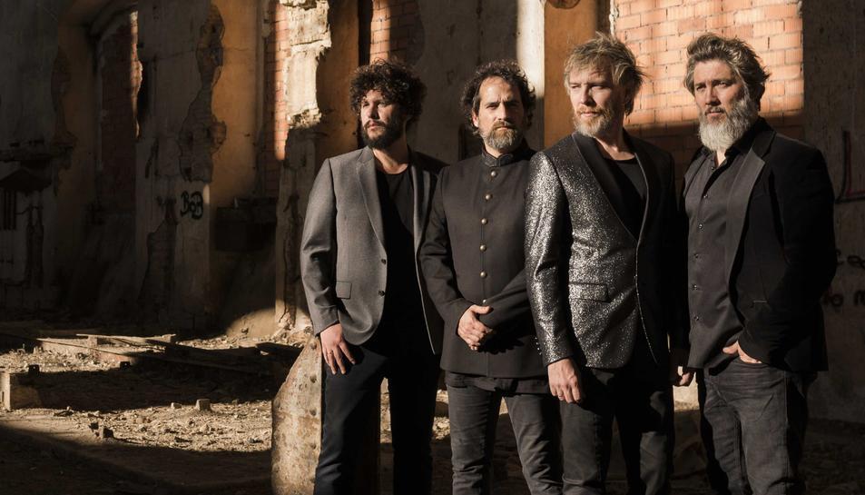 La banda barcelonina Elefantes actuarà aquest dissabte junt amb altres grups musicals.