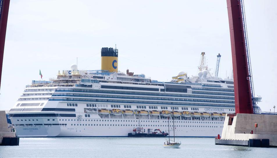 Imatge d'arxiu d'un dels vaixells que la companyia italiana ha atracat al port tarragoní.