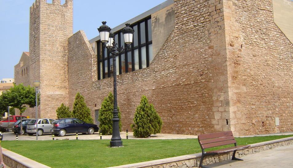 L'edifici de l'antioc hospital va ser fundat l'any 1343 per l'infant Pere, comte de Prades.
