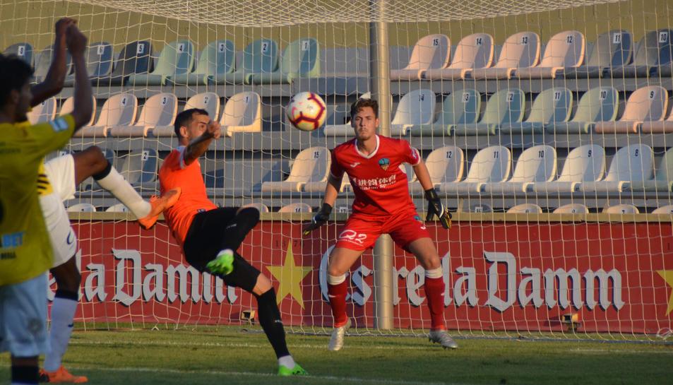 El davanter aragonès Miguel Linares va signar l'empat.