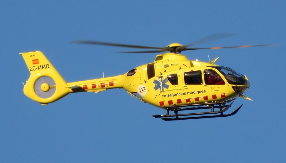 Un helicòpter ha traslladat el ferit a Bellvitge.