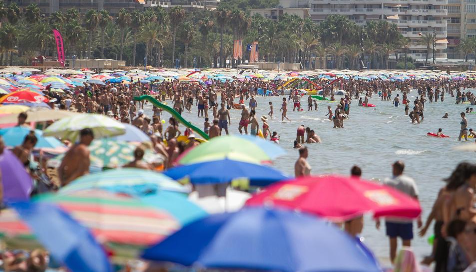 La platja Llevant de Salou el passat dijous