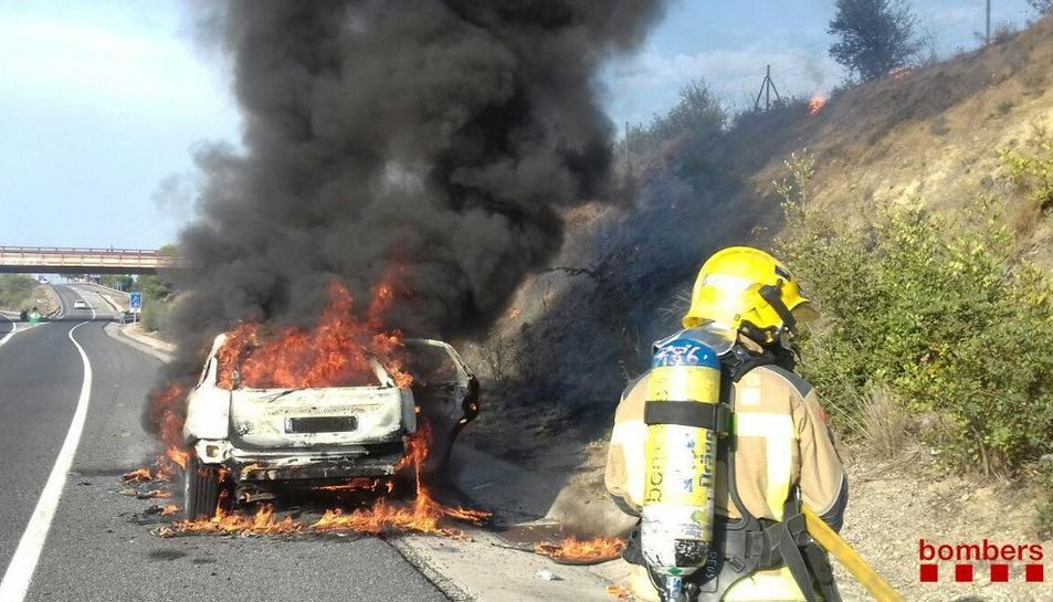 El vehicle ha cremat al 100%