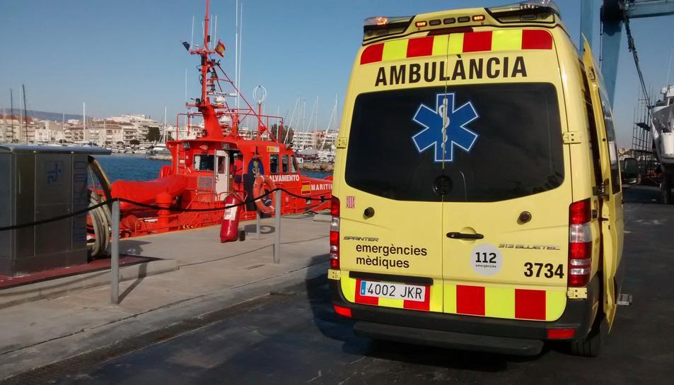 Imatge d'arxiu d'una ambulància del SEM a Cambrils.