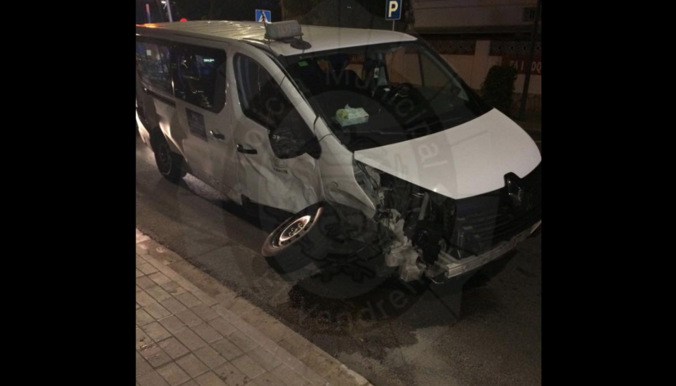 Imatge d'un dels vehicles accidentat.