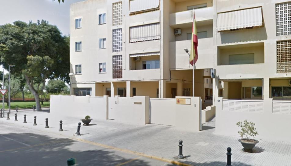 Imatge de la caserna de la Guàrdia Civil d'Oliva.