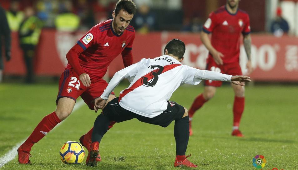 El jugador gironí va jugar la passada temporada amb l'Osasuna.