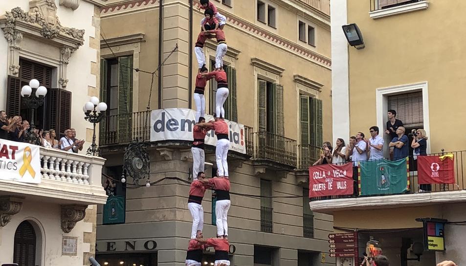 2d8sf de la Colla Vella dels Xiquets de Valls al 70è aniversari dels Castellers de Vilafranca