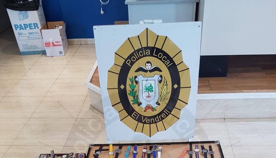 Imatge dels rellotges decomissats per la Policia Local del Vendrell.