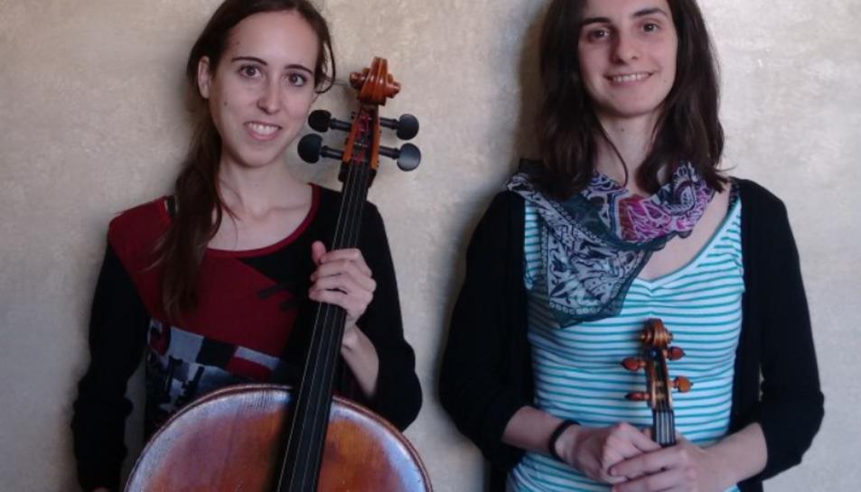 El grup Duo 2.0 estàformat per Anna Roca (violí) i Clàudia Romaní (violoncel).