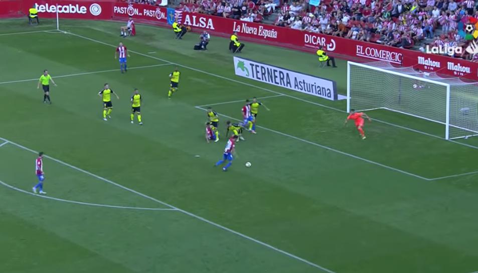 Imatge d'un instant del partit del Nàstic contra l'Sporting.