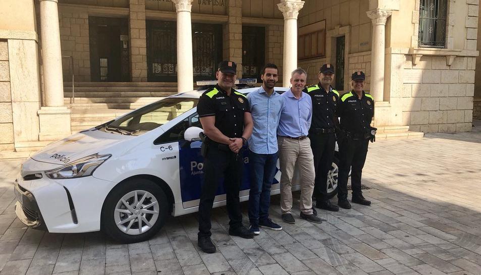 La policia local d'Amposta amplia la seva plantilla amb dos nous agents.