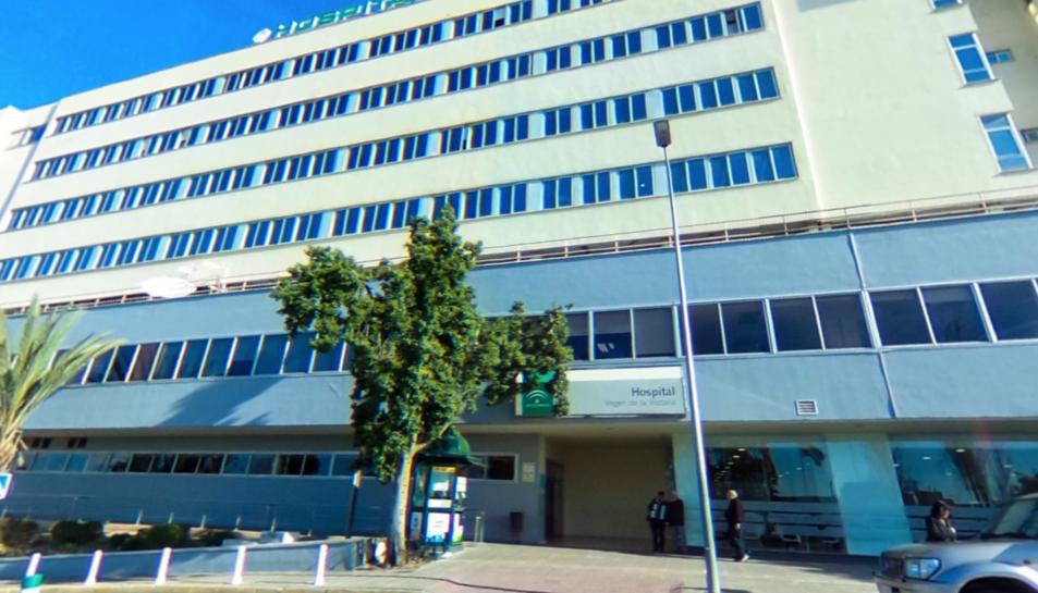 L'agressor va ser traslladat a laUnidadde Agudosdel HospitalClínicoa l'espera d'una valoració psiquiàtrica.